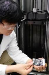 [J가 가봤습니다]불에, 쇳덩이에…LG G6 극한의 맷집 테스트