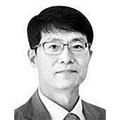 [<!HS>시론<!HE>] 카카오뱅크 돌풍 … 깊어가는 은행들의 고민