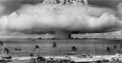 """BBC """"북한 올해 또 핵실험…이젠 지하 아닌 대기권서 실험"""""""