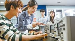 [<!HS>열려라<!HE> <!HS>공부<!HE>+] 4차 산업혁명 시대 이끌 SW 전문가 육성