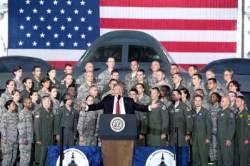 """""""트럼프 정부, F-35·B-2로 북한 대포 수천 문 파괴 검토"""""""
