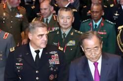 한국 온 중국 장성 … 사드로 끊긴 군사교류 14개월 만에 재개