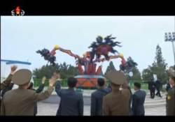 [클릭! 북한 텔레비죤] 놀이공원에 몰려간 중년남성들의 정체는?
