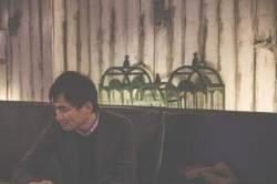 """[작가의 요즘 이 책] 김연수 """"빨래 널어 놓은 거 보고 소설가 될 결심했다"""""""