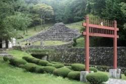[더,오래] 김순근의 간이역(9) 미스터리 '잃어버린 왕국'의 마지막 발자취를 찾아서