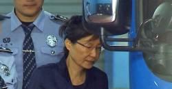 """<!HS>박근혜<!HE> 전 대통령, 구속 연장에 """"나갈 수 있다고 기대했는데…"""""""
