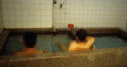방수폰 시대의 그늘? 대중목욕탕 황당 '셀카족'