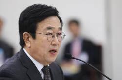 """서병수, '다이빙벨' 취소 압박 의혹에 """"김기춘 전화 받았다"""""""