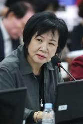 """""""2013년 <!HS>박근혜<!HE> 전 대통령 시구, 최순실씨 기획작품"""""""