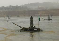 55t 탱크가 바로 강물로…K-2 전차 잠수도하 훈련