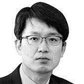 [글로벌 아이] 무가베와 김정은, 중국의 신외교