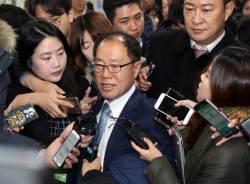 """<!HS>박근혜<!HE> 국선변호인단 """"한 번도 접견 못해…요청 계속하겠다"""""""