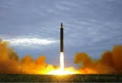 北, 75일 만에 미사일 도발…軍 6분 뒤 미사일 발사 맞불