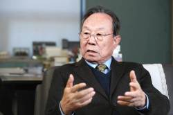 [김진국이 만난 사람] 보수 지도자 없어 … 홍준표는 눈에 들어오는 인물 아니다