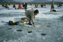 오묘한 물의 성질…얼음 낚시가 가능한 이유