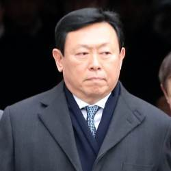일본 간 <!HS>신동빈<!HE> 회장, 롯데홀딩스 설득에 집중