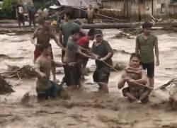 [사진] 필리핀 <!HS>태풍<!HE> 200여 명 사망
