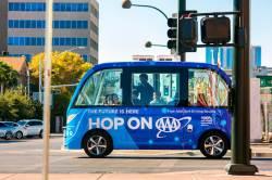 [<!HS>J<!HE> <!HS>report<!HE>] 자율주행차로 피자 배달 … 휴대폰에 주차장 빈곳 정보 전송