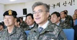 공약 지킨 文정부, 군복무 단축 추진…현행 21개월→18개월