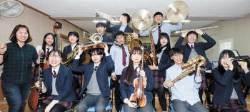 폐교 위기 시골학교, 1인 1악기 오케스트라로 다시 날다