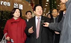 [현장에서] 방중 타이밍 못 맞춘 한국 의원단 … 끝내 안 만나준 장더장