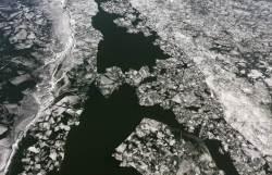 [권혁재 핸드폰사진관] 한강 얼음