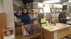 [<!HS>논설위원이<!HE> <!HS>간다<!HE>] 김동호의 경제는 살아 있다   소비자 취향 저격하자 골목서점이 돌아왔다