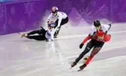 [속보]쇼트트랙 1000m 결승, 서이라·임효준 넘어져 동메달