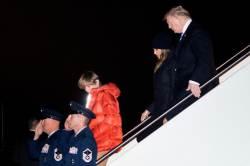 중간선거 지면 <!HS>탄핵<!HE> 악몽 우려 … 트럼프는 일자리가 급했다