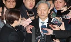 """김관진 전 장관 """"수사 은폐, 일지조작 혐의 적극 소명하겠다"""""""