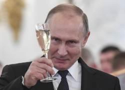 "<!HS>푸틴<!HE> ""할아버지가 레닌, 스탈린의 요리사였다"""