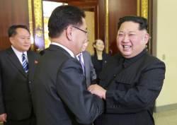 <!HS>국민<!HE> 10명 중 1명은 北 김정은에 '호감'…日 아베 앞섰다