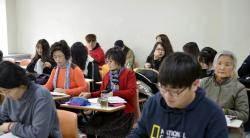 만학도 신입생 '이모 삼총사'의 중국학과 적응기