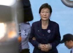 [속보]박근혜, 불출석 사유서 제출…오늘 선고공판 궐석으로 진행