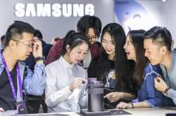 중국서 '동네북' 된 삼성폰