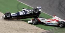 F1 충돌사고의 교훈···큰싸움 날 사이는 상사보다 동료다