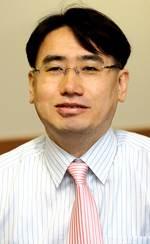 [<!HS>비즈<!HE><!HS>칼럼<!HE>]혁신경제 호황에 공무원 지원 줄어드는 일본