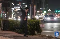 탈춤 추는 <!HS>박지성<!HE>-교장선생님 홍명보...이들이 웹드라마 출연한 까닭은?