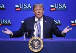 """트럼프 """"위대한 협상가"""" <!HS>김정은<!HE> 띄우기, 비핵화 물밑 시간과 전쟁"""
