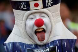 일본에 밀리는 첫 월드컵, 그럴 만도 하네