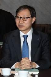 [단독] 김성주 <!HS>국민연금<!HE> 이사장 월권 논란 … CIO 전형 중 곽태선에 내정 통보