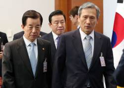 """군인권센터 """"김관진·한민구 등 내란음모죄 고발할 것"""""""