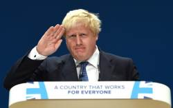 '브렉시트 갈등' 존슨 英외무 사임…메이 총리 불신임투표설도