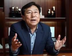 """[단독]""""북 근로자, 시계에 보석박는 정교한 작업 뛰어나"""" 김기문 전 중기회장"""