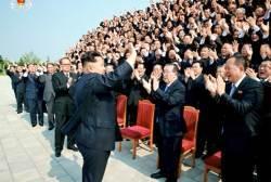 """[단독]<!HS>김정일<!HE> """"중국 믿지 말라""""했던 공관장회의, 김정은 무슨 말?"""