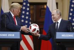 올 가을 푸틴 초청한 백악관…美정보국장은 까맣게 몰랐다