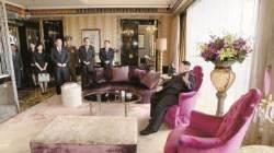 김정은, 호텔 로비 8번 등장 … '폭군'서 '젊은 지도자'로