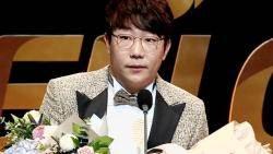 양현종, '황금장갑'까지 최고의 해…프로야구 첫 3관왕