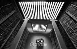 [권혁재 사진전문기자의 뒷담화] <!HS>팔만대장경<!HE>, 하루 네 번의 인연