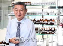[<!HS>J가<!HE> <!HS>만난<!HE> <!HS>사람<!HE>] 화장품 산업은 문화 산업…중국서 한국 제품이 도약하는 이유